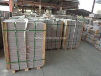G562 Maple Red Granite Tile Pallet Packing