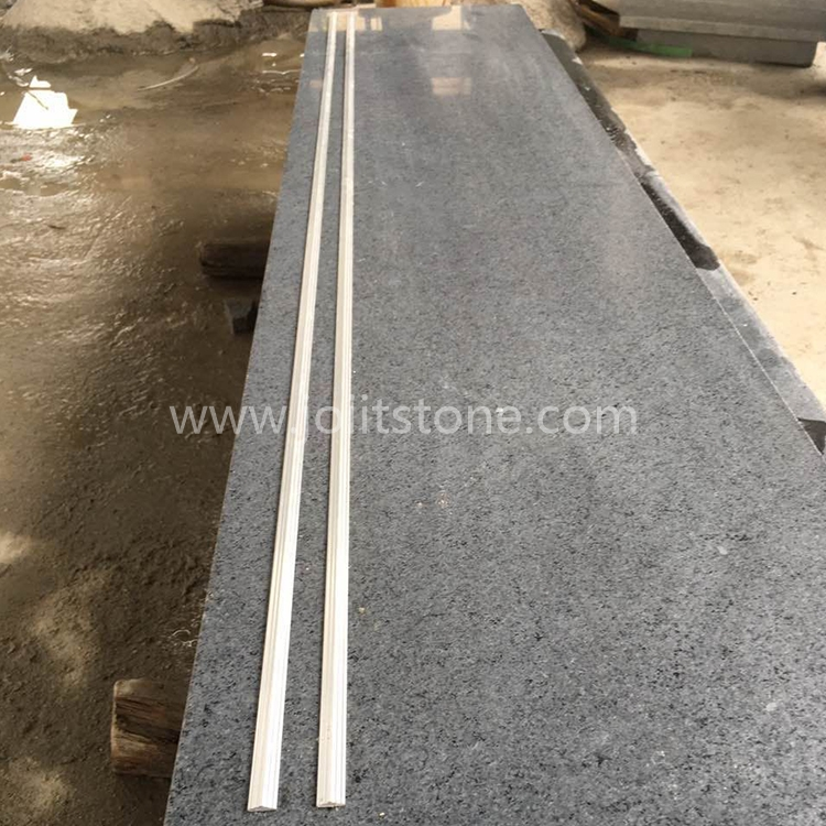 TR009 G603 Flamed Granite Steps With Black Strip Anti-Slip Lines