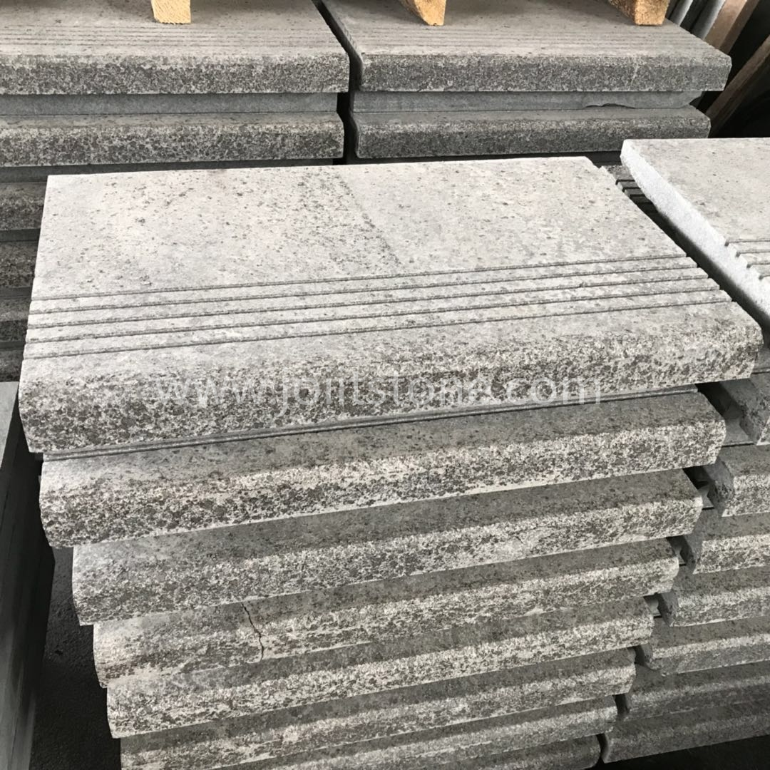 TR015 Flamed G684 Granite Stairs With Grooved Lines